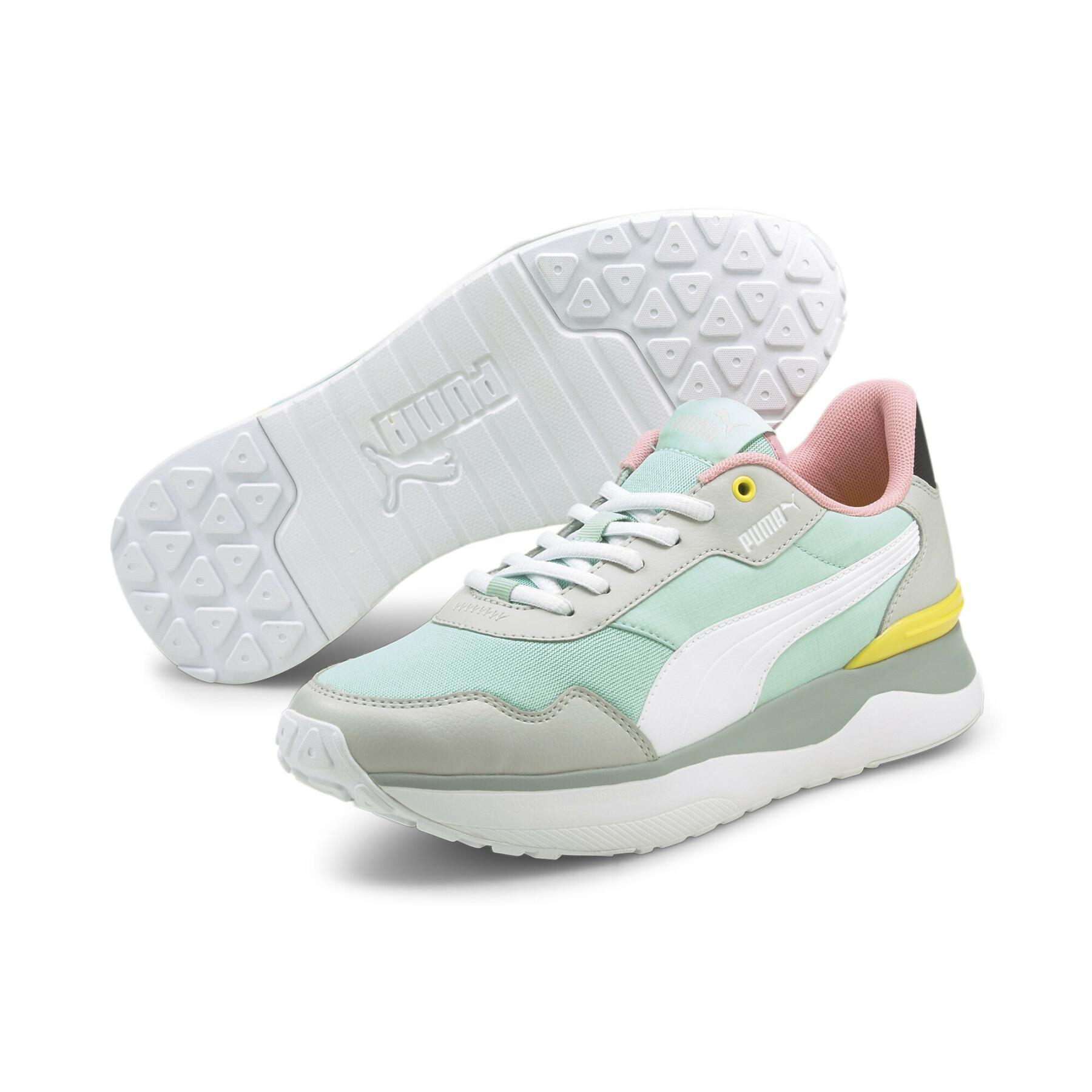 Women's sneakers Puma R78 Voyage