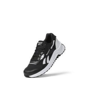 Women's shoes Reebok Heritance